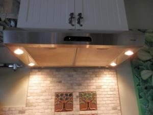Broan vent hood with LED lights